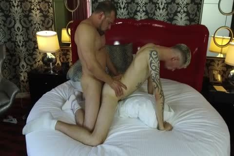 Robert Rexton gets boned By Muscle Daddies Max Sargent & Chance Caldwell