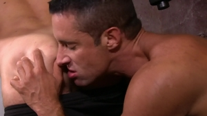 Icon Male - Nick Capra nailed by big dick DILF Max Sargent
